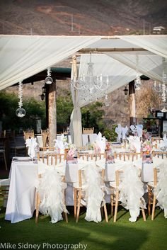 Simple wedding ceremony and dinner
