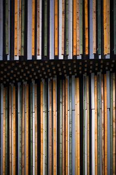 wood. detail.
