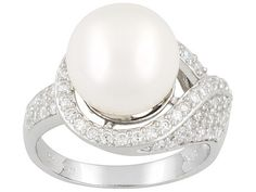 White #pearl #ring in silver