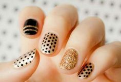 Uñas doradas, uñas lunares