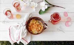 Le chou-fleur est un légume qui se prête particulièrement bien au mélange sucré-salé. Avec une sauce crémeuse au goût de caramel, on a une combinaison de saveurs sucrées-salées qui est très heureuse.