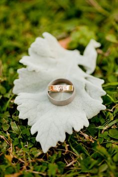 LOVE  this ring...an argument for the plain band...