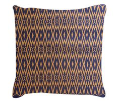 Aneesa Pillow