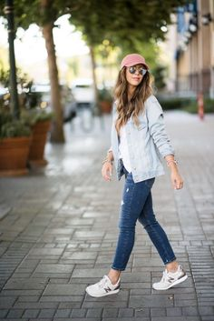 3 tips on putting together a sporty and casual look Nordstrom Giveaway! - Mom Dress Casual - ideas of Mom Dress Casual - Casual Look Sneakers Hat Denim Jacket Comfy Style New Balance Edgy Outfits, Summer Outfits, Fashion Outfits, School Outfits, Ladies Fashion, Womens Fashion, Grunge Outfits, Women Casual Outfits, Sneakers Fashion