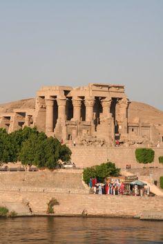 Kom-ombo,  Egypt