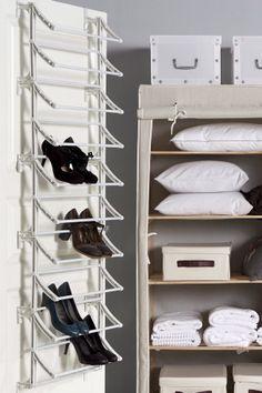 Ellos Home Skoopbevaring Fast Til inderside af elektronikskab? Smart Storage, Shoe Storage, Ikea New, Loft Plan, Bedroom Wardrobe, Room Accessories, Walk In Closet, Modern Room, Home Improvement Projects
