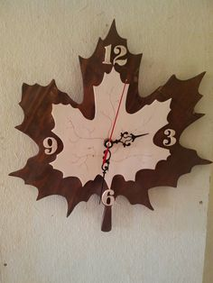 Clocks – Decor : Художественное выпиливание лобзиком -Read More – Clock Art, Diy Clock, Clock Decor, Wooden Clock, Wooden Wall Art, Wood Art, Wall Clock Plans, Wood Crafts, Diy And Crafts