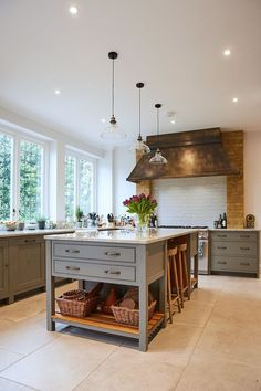 Kitchen Updating Ideas With its muted tones, rustic feel and contemporary touches, discover our latest kitchen on our website. Rustic Kitchen Design, Home Decor Kitchen, Interior Design Kitchen, New Kitchen, Home Kitchens, Kitchen Wood, Island Kitchen, Awesome Kitchen, Kitchen Cupboard