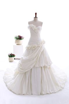 A Line/Princess Sweetheart Chapel Train Taffeta Wedding dress with Hand Made Flowers