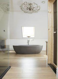 ... focus bathtub