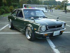 335237-Toyota-Corolla-1973---3K-Engine-FIL5100.jpg 800×600ピクセル