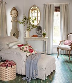 Cottage Love. The painted floor and linen covered lounger... So perfect