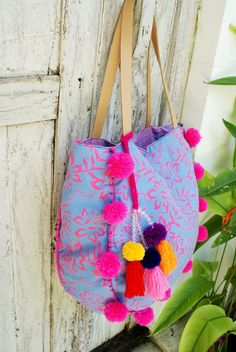 Pom Pom beach bag/Tassels beach bag/Boho Bags/Yoga Bag /