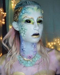 A little throwback to last month with  a close up of my mermaid #makeup !  Working on a few new looks this week!  #halloweenmakeupideas #amazingmakeupart #bodypaint #facepaint #mermaid