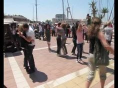 "Best flashmob proposal ""Marry you"" Lena"