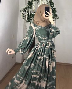 Hijab Style Dress, Modest Fashion Hijab, Modern Hijab Fashion, Muslim Women Fashion, Hijab Dress Party, Street Hijab Fashion, Hijab Fashion Inspiration, Islamic Fashion, Fashion Dresses