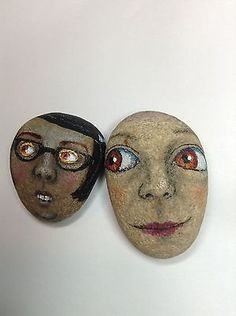 Original-painting-outsider-art-primitive-stone-folk-Ollie-big-eye-Boy-Face-Rock
