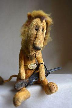 Мишки Тедди ручной работы. Заказать Лев, который отстреливался... 7cvetik70. Ярмарка Мастеров. Друзья тедди, гранулят металлический, масляные краски