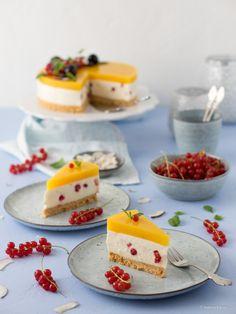 Ein erfrischender No-Bake Kuchen für heiße Sommertage German Recipes, Sugar, Cookies, Creative Food, Desserts, Piece Of Cakes, Backen, Dessert Ideas, Biscuits