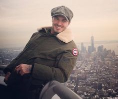 david beckham visits the empire state building in new york