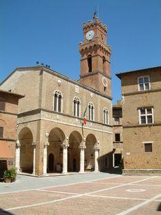 pienza italia | Las perspectivas geométricas, los impresionantes volúmenes de la ...