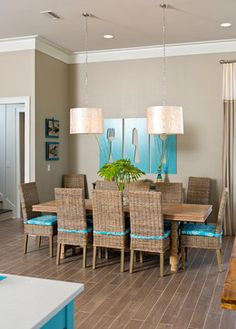 simple crown molding Dining Room Contemporary with beach home beige walls Tan Dining Rooms, Beach Dining Room, Living Room, Cheap Crown Molding, Molding Ideas, Crown Molding Modern, Door Frame Molding, Wall Molding, Cove Molding