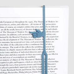 Закладка — самый главное приспособление в руках любого книголюба. Однако классические закладки малофункциональны. На замену им выходят современные решения, указывающие не только на страницу, но и на строчку, на которой остановился читатель.