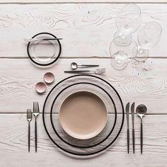 Our Halo Glass Chargers/Dinnerware in Black + Heath Ceramics in French Grey + Goa Flatware in Brushed Steel/Black + Grand Cru Stemware + Pink Enamel Salt Cellars  #cdpdesignpresentation #