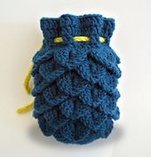 Ravelry: Dragon Scale Dice Bag V2 pattern by Rachael Fulcher
