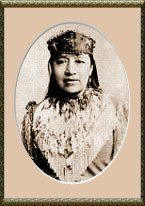 Sarah Winnemucca, Native American of the Paiutes Tribe, is often remembered as a champion of the rights of indigenous peoples.  Sarah spent her life working toward obtaining the return of tribal lands to their native people.    Sarah Winnemucca was born in 1842 the daughter of Chief Winnemucca, leader the Paiutes, an Indian tribe native to Nevada and California.  As a child, Sarah lost many family members in the Paiute War of 1860, doing much to mold her into the peacemaker she became.