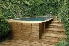 Terrasses bois européen – Envie bois – Terrasse ideen – Keep up with the times. Hot Tub Backyard, Hot Tub Garden, Small Pools, Swimming Pools Backyard, Small Backyard Landscaping, Backyard Patio, Raised Pools, Kleiner Pool Design, Small Pool Design