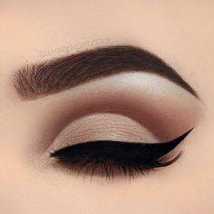 Eye Makeup Cut Crease, Blue Eye Makeup, Eye Makeup Tips, Eyebrow Makeup, Makeup Inspo, Makeup Ideas, Beauty Makeup, Hair Makeup, Eyeshadow Makeup