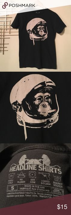 Smoking chimp in helmut graphics tee small This is a rad black tee featuring the graphics of a chimp smoking a cigarette - because why not? If you're going to smoke might as well be safe and do it in a helmet. 100% cotton men's small or women's medium I personally think either sex could wear this. Vguc no rips, holes, stains etc headline shirts Shirts Tees - Short Sleeve