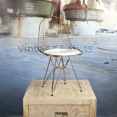 Voor wie er comfortabel en trendy bij wil zitten; met de DKR Style stoel zit je goed! Een makkelijke en comfortabele design stoel die, zonder de aandacht op te willen eisen, past bij iedere eettafel.