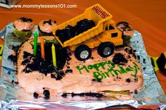 Truck, m n ms spiling cake