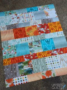 Another Lemonade Layer quilt: Jaybird Quilts  @ModaFabrics  Lush Uptown fabric.  This is such a great pattern to use for different fabric types