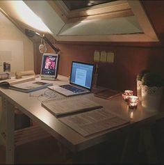 Study Desk, Study Space, Study Office, School Motivation, Study Motivation, Study Room Decor, Study Corner, Study Pictures, Study Organization
