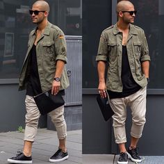 Wise men say that spending on things that keep you from the ground such as your bed, mattress, tires, and shoes, is worth the investment. Men should Bald Men Style, Style Masculin, Casual Outfits, Men Casual, Boxing T Shirts, Mens Trends, Stylish Boys, Men Street, Daily Fashion
