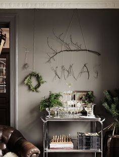 Calling It: Designers Say These Are Hottest Holiday Trends Christmas Time Is Here, Xmas Holidays, Christmas Mood, Christmas And New Year, Rue Verte, Turbulence Deco, Xmas Decorations, Elle Decor, Christmas Inspiration