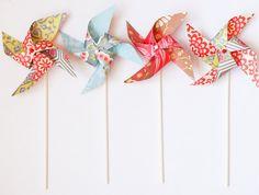 Pinwheels! SAJ wedding to line aisle ? Make with maps?