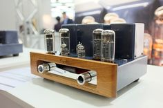Cayin highlights at High End Munich 2016 on www.hifipig.com #highendmunich #highendmunich2016 #Munichhighend #highend #hifi #audio #hifishow #tradefair #tubes #valves