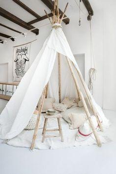 Thoughtful secured meditation room decor Take the Challenge Diy Tipi, Camping Bedroom, Kids Bedroom, Kids Rooms, Tent Camping, Teepee Tent, Teepees, Child Teepee, Meditation Rooms