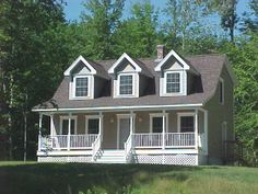 1000 ideas about farmers porch on pinterest porch for Dormered cape