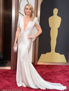 Kate Hudson in Atelier Versace for the 2014 Oscars.