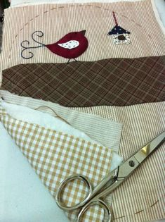 Candy Crafts, Louis Vuitton Damier, Patches, Personalized Items, Pattern, Tutorials, Image, Scrappy Quilts, Coin Wallet