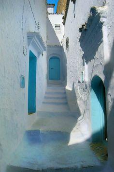 こんな淡いブルーもあるんですね : 【モロッコ】死ぬまでに行きたい!空と海の色に塗られた神秘的な街「シャウエン」【美しすぎる】 - NAVER まとめ