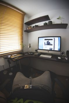 Minimal Desk Round Up #10 | Creative Home Offices