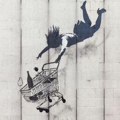 Mais de 120 trabalhos de #Banksy considerado o maior expoente da arte urbana mundial, estão reunidos pela primeira vez em uma megaexposição pública. Se você estiver por Roma, Itália, até setembro/2016 vale a pena conferi-la. #arte #cultura #exposições #warcapitalismandliberty #europa #viagens #roma #italia