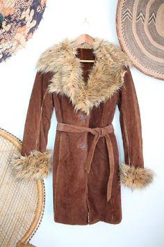 49c39cfdc6dd Vintage brown Real Suede afghan faux sheepskin Fur collar cuffs 60s 70s  penny lane coat jacket M
