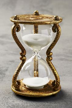 The hourglass symbolizes the eternal passage of time and is a reminder of man's mortality. Sand Hourglass, Hourglass Tattoo, Hourglass Figure, Sand Timers, Style Deco, Rose Cottage, Arabian Nights, Through The Looking Glass, Home Gifts